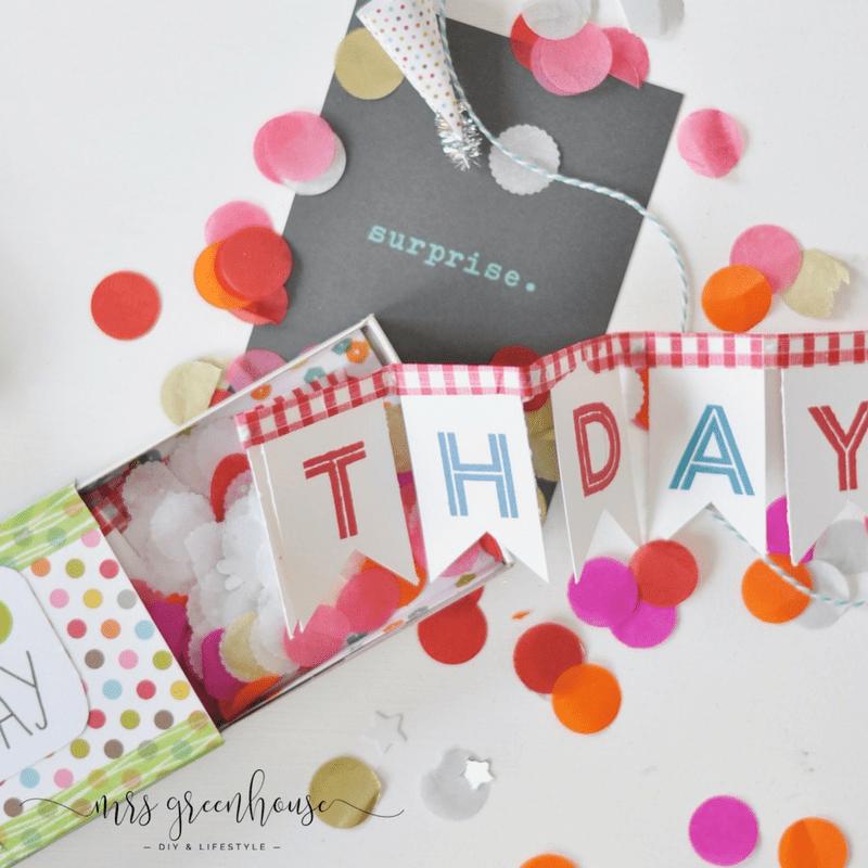 Einfrohes neues 2017 ihr Lieben! Wir hoffen, ihr habt wundervolle Feiertage gehabt und seid nunglücklich und frisch erholt bereit für ein spannendesund kreatives Jahr. Wir hören mit dem Feiern einfach nicht auf, denn hier stehen die ersten Geburtstage an. Und diesmal gibt es keine Grußkarte, sondern eine bunte Surprise Box.......unser Happy Birthday Upcycling Projekt.