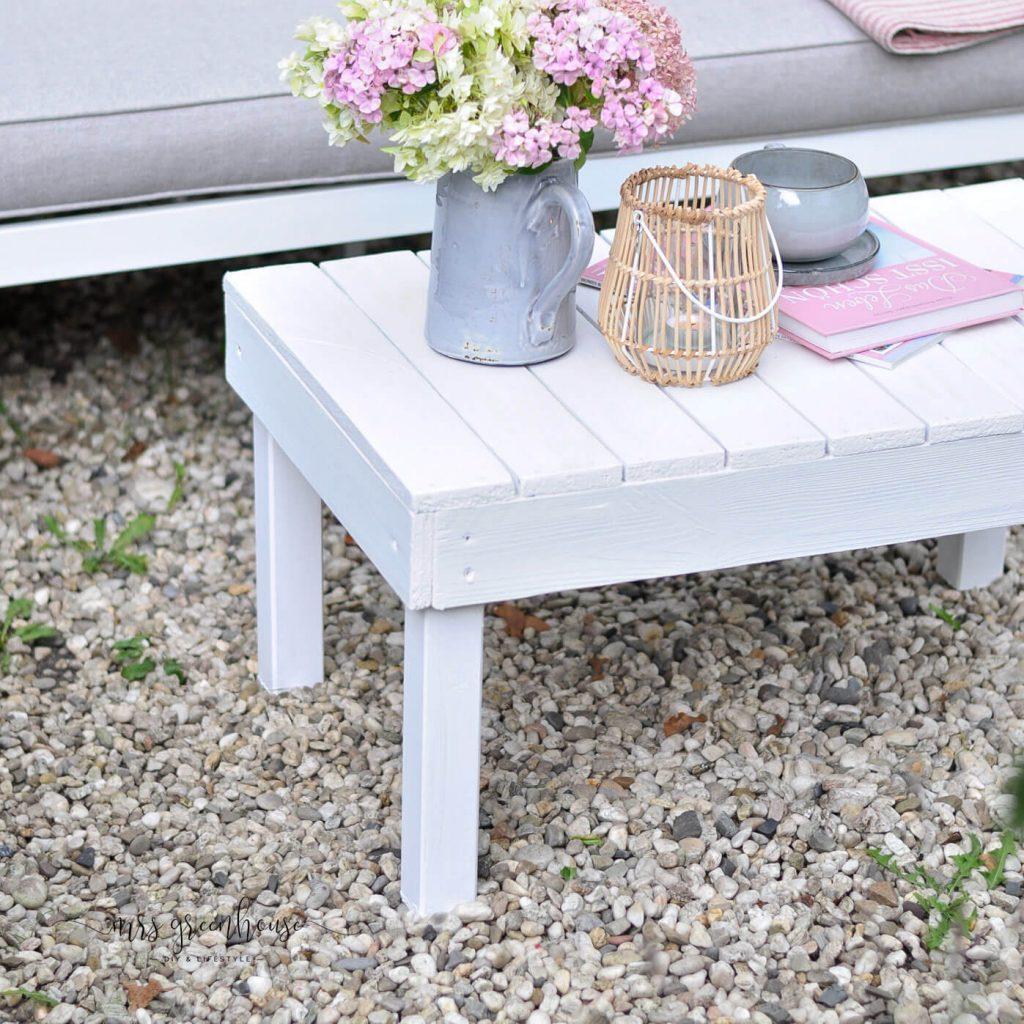 Gartentisch aus Palettenholz