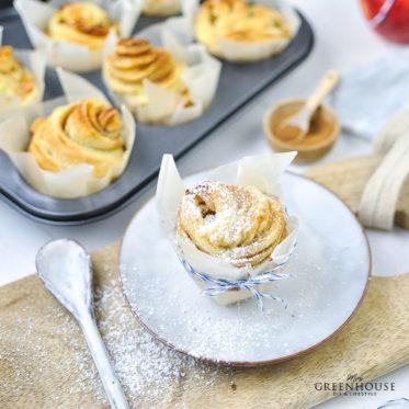Cruffins mit Zimt und Zucker