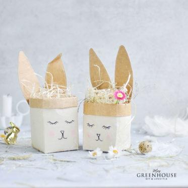 Osterhasen aus Milchtüten basteln