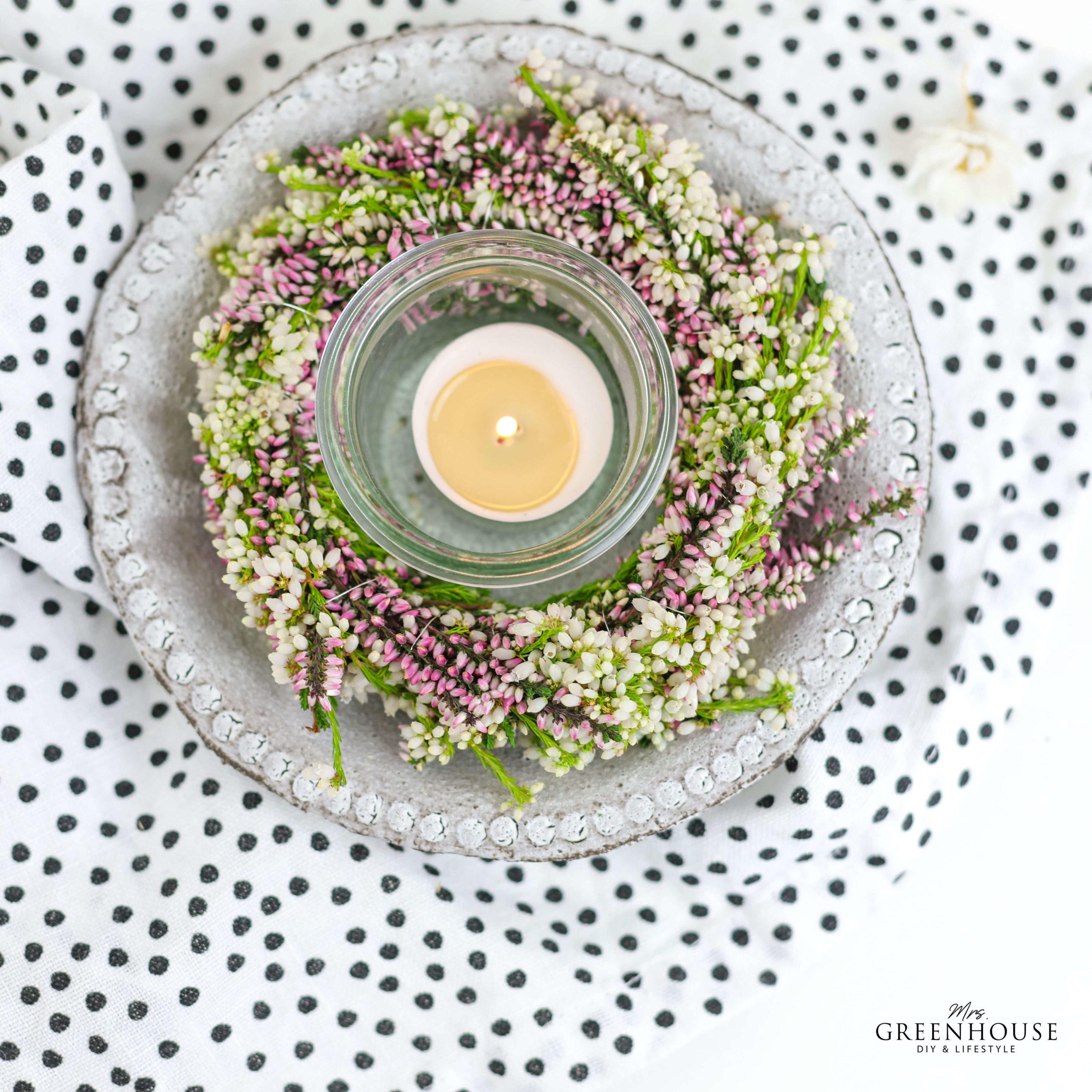 Blumenkranz aus Heidekraut binden