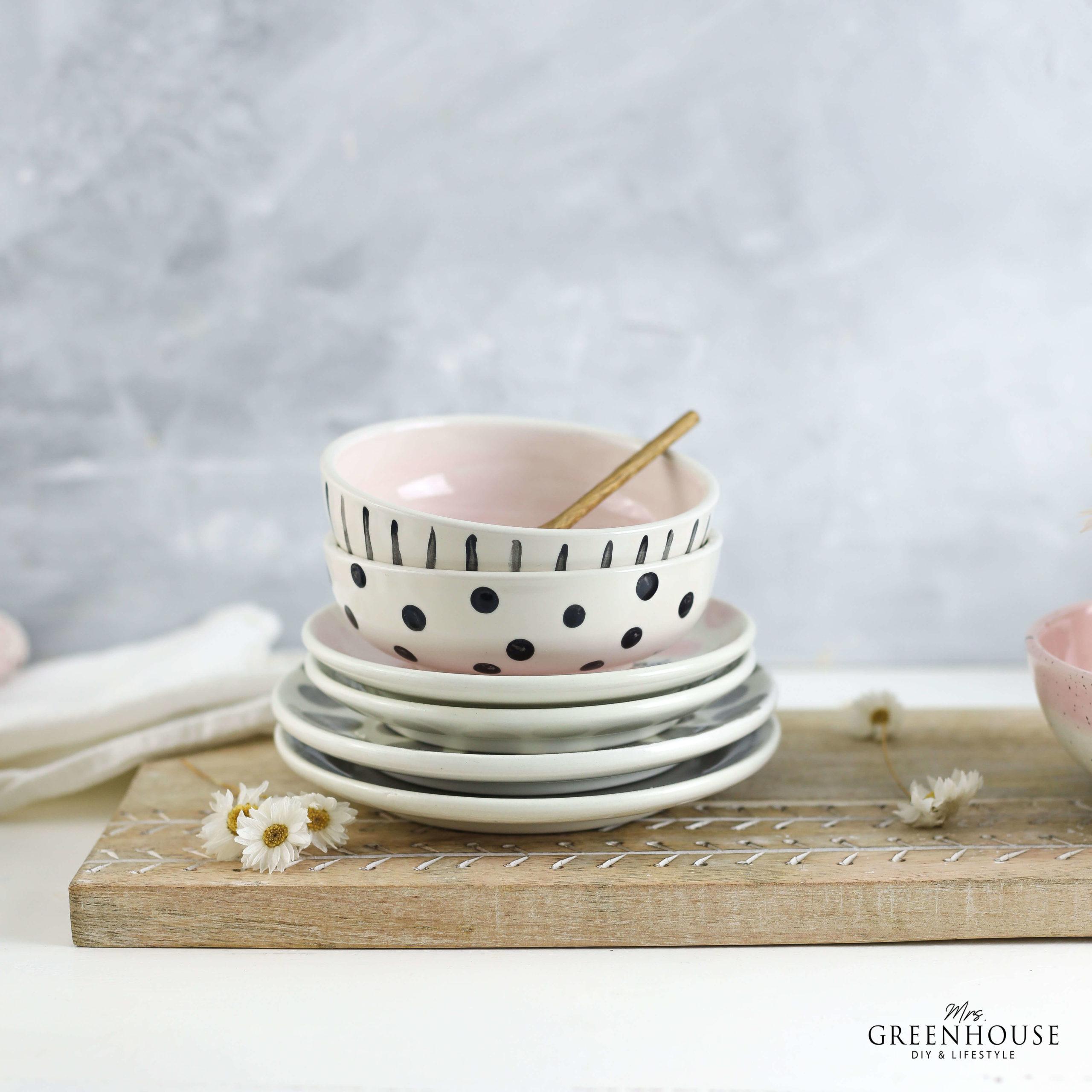 Keramik mit Punkten und Mustern verzieren mrsgreenhouse