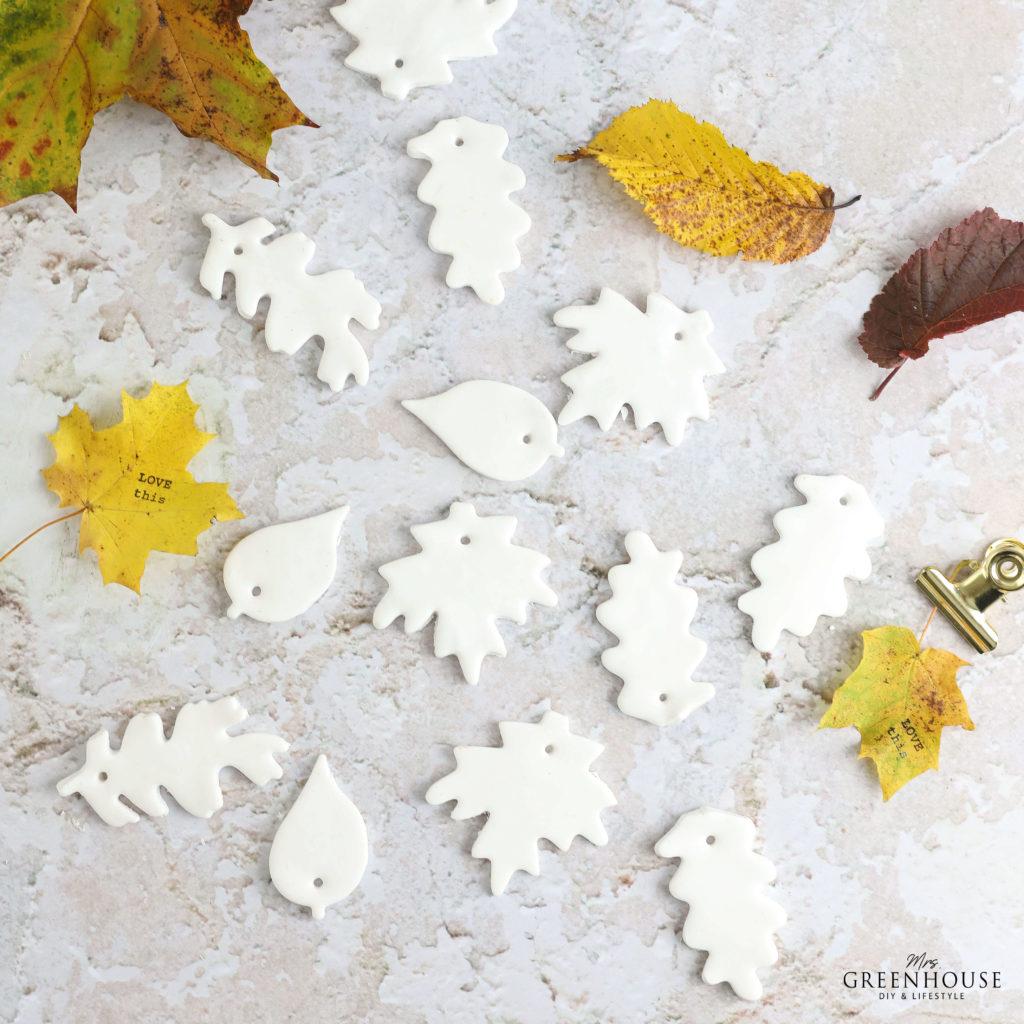 Blätter für Herbst Mobile aus Fimo