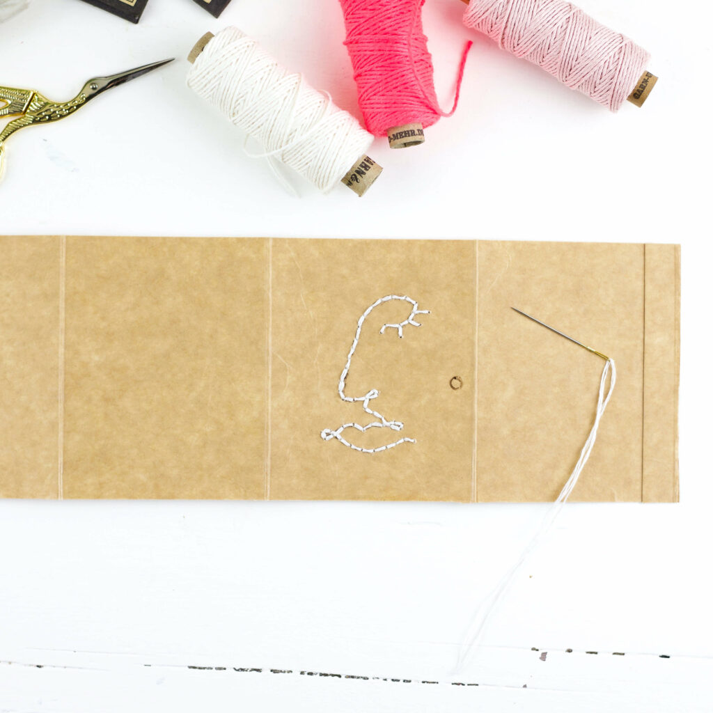 Nadelmäppchen aus Milchtüten besticken