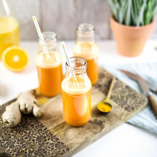Smoothie mit Orangen und Ingwer