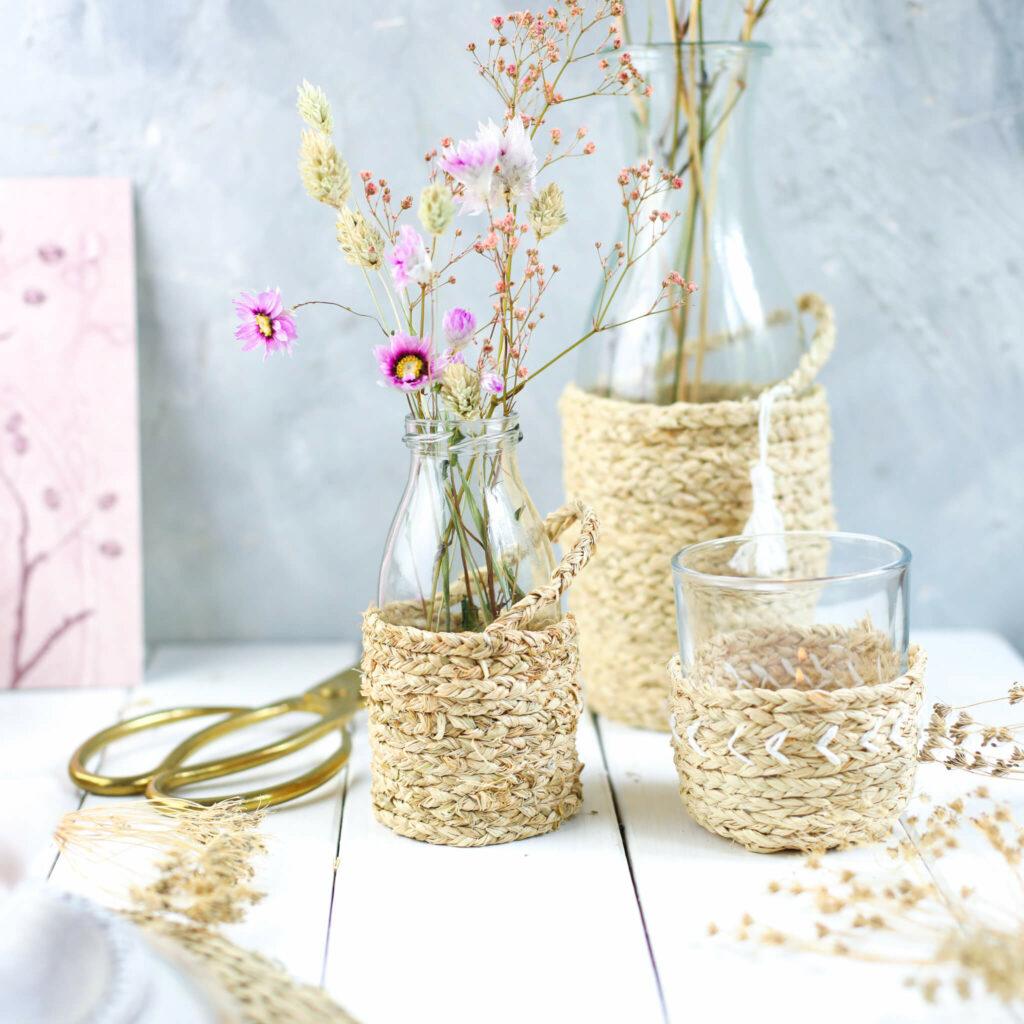 Boho Windlicht und Vasen aus Naturbast