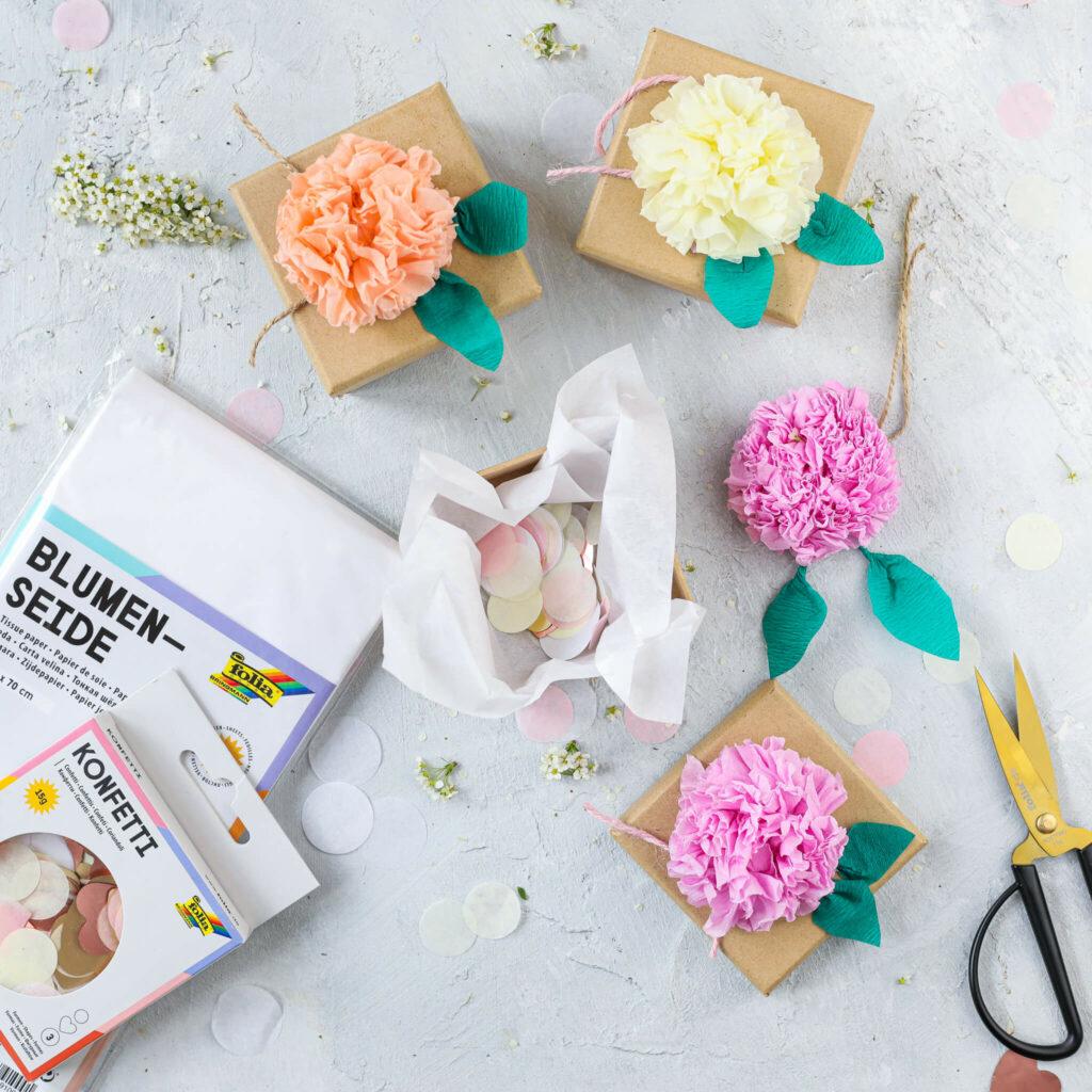 Papierblüten aus Krepp Papier