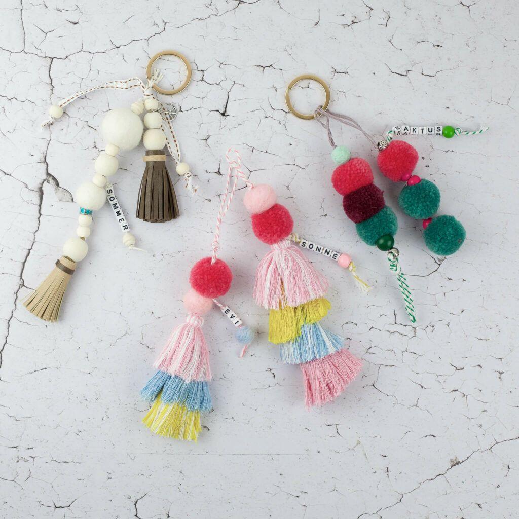 Schlüsselanhänger und Accessoires aus Pompons und Quasten selber machen